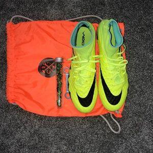 Nike Hypervenom II SG-Pro (Size: 9.5)